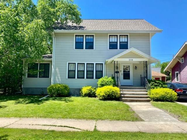 208 S Jackson Street, Green Bay, WI 54301 (#50222788) :: Dallaire Realty
