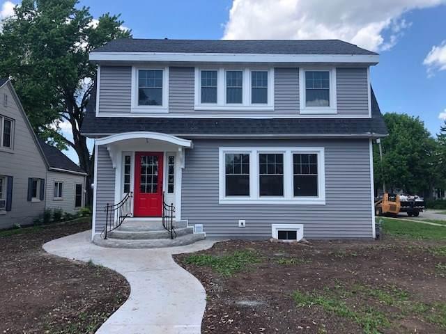 144 W 22ND Avenue, Oshkosh, WI 54902 (#50222987) :: Todd Wiese Homeselling System, Inc.