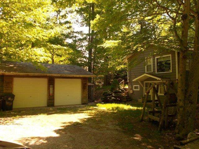 2958 Lake Forest Park Road, Sturgeon Bay, WI 54235 (#50224586) :: Todd Wiese Homeselling System, Inc.