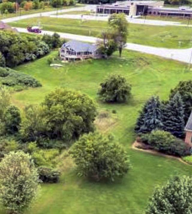 3583 Dickinson Road, De Pere, WI 54115 (#50224790) :: Todd Wiese Homeselling System, Inc.