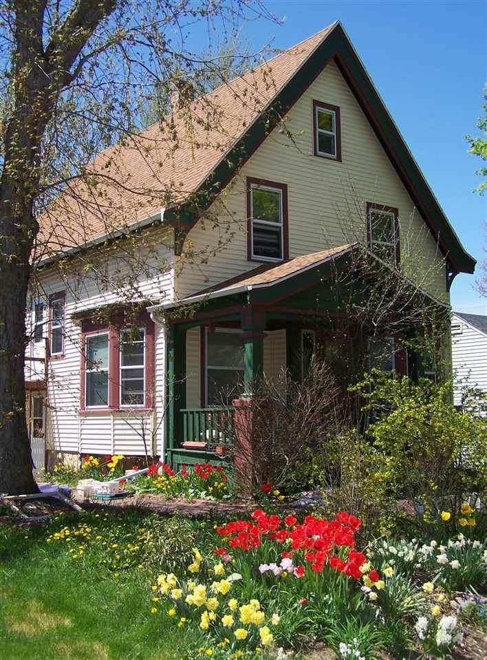 705 Maple Street - Photo 1