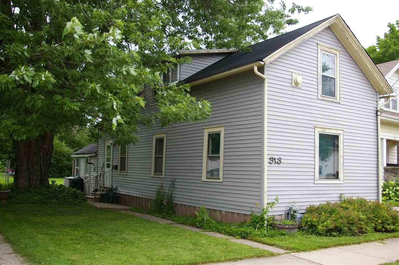 913 Rugby Street - Photo 1