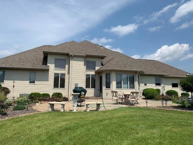 8185 Basil Court, Neenah, WI 54956 (#50225997) :: Todd Wiese Homeselling System, Inc.