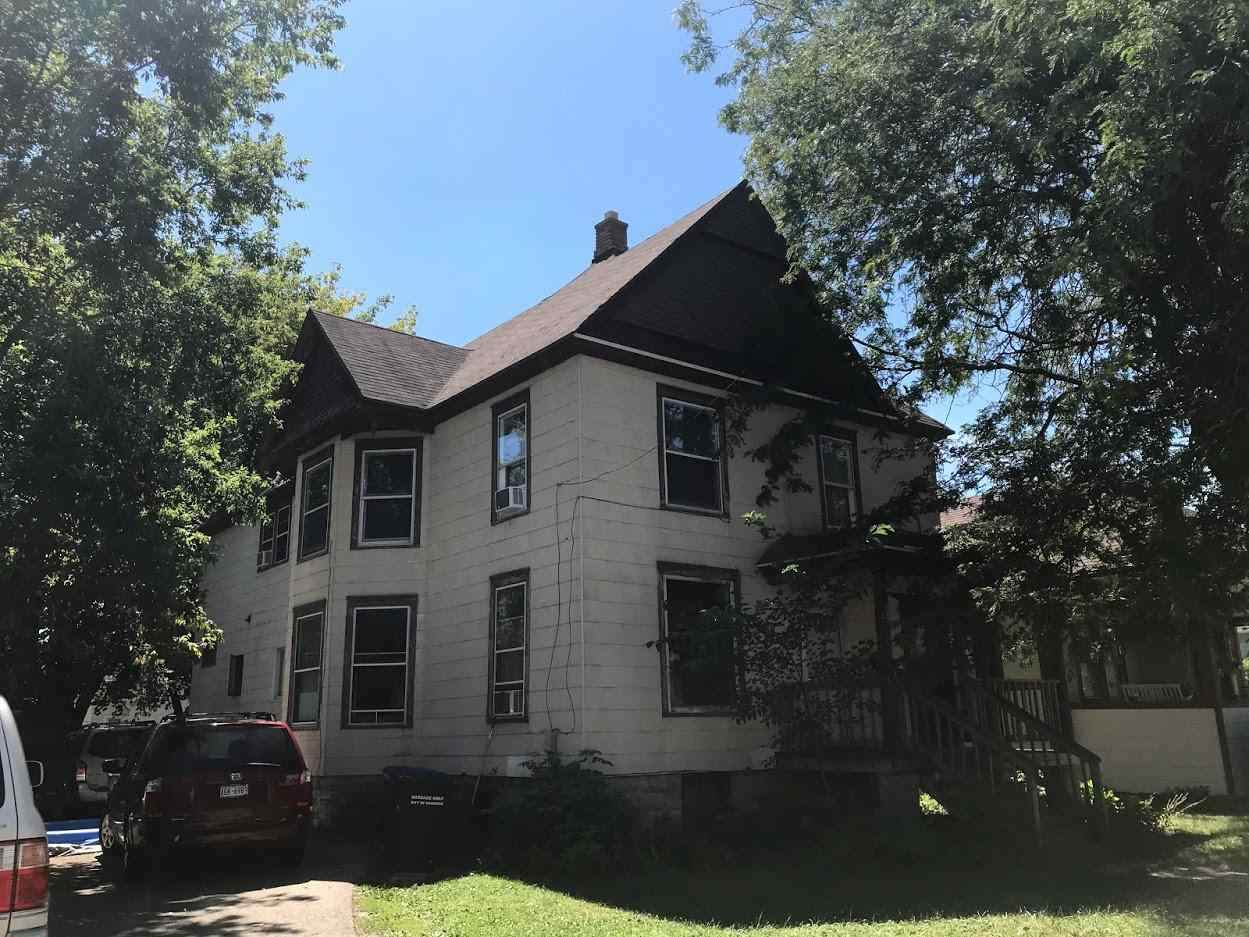 407 Irving Avenue - Photo 1