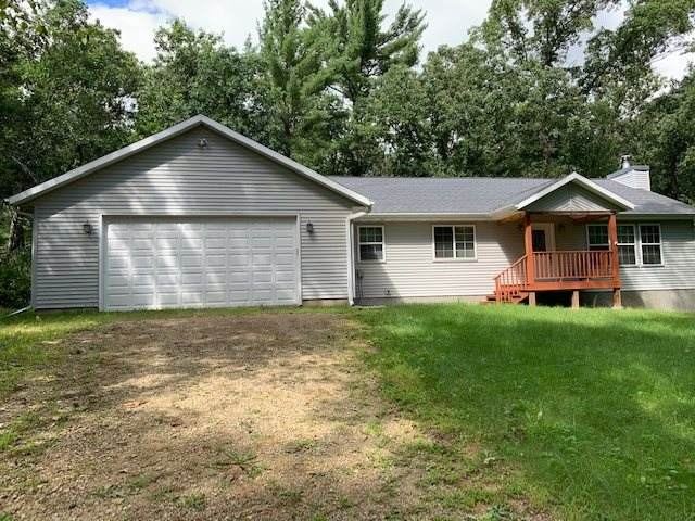 10858 Badger Drive, Waupaca, WI 54981 (#50227538) :: Symes Realty, LLC