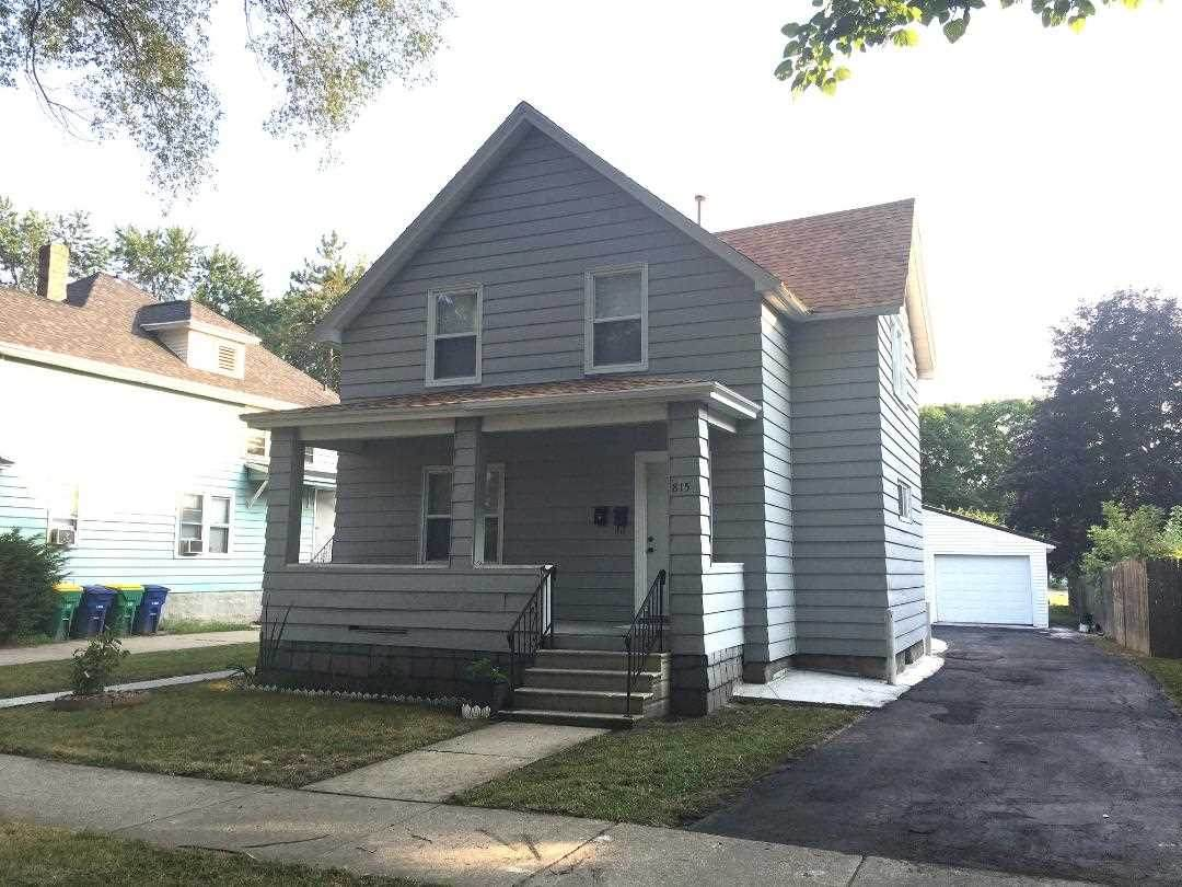 815 Elmore Street - Photo 1