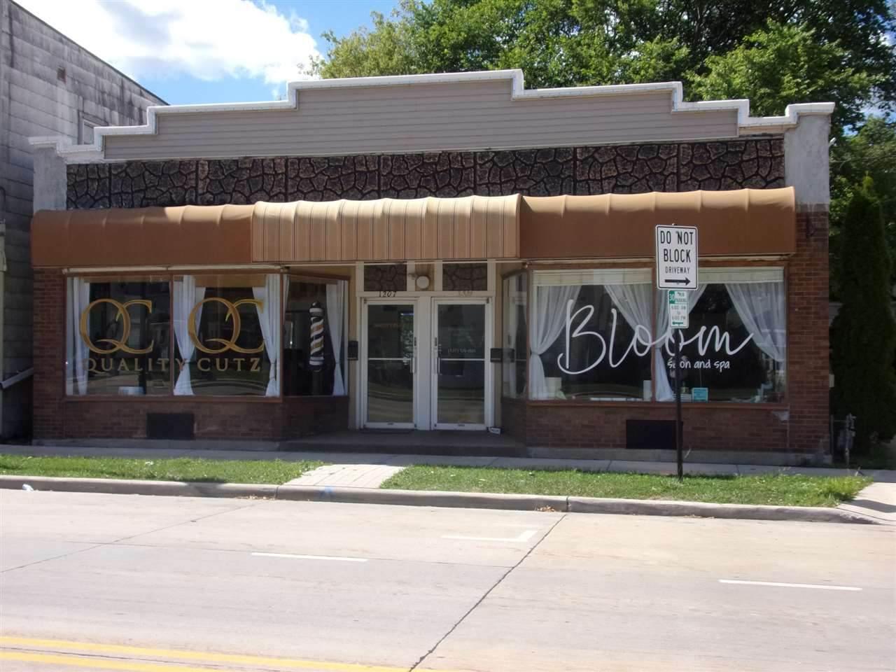 1209 Main Street - Photo 1