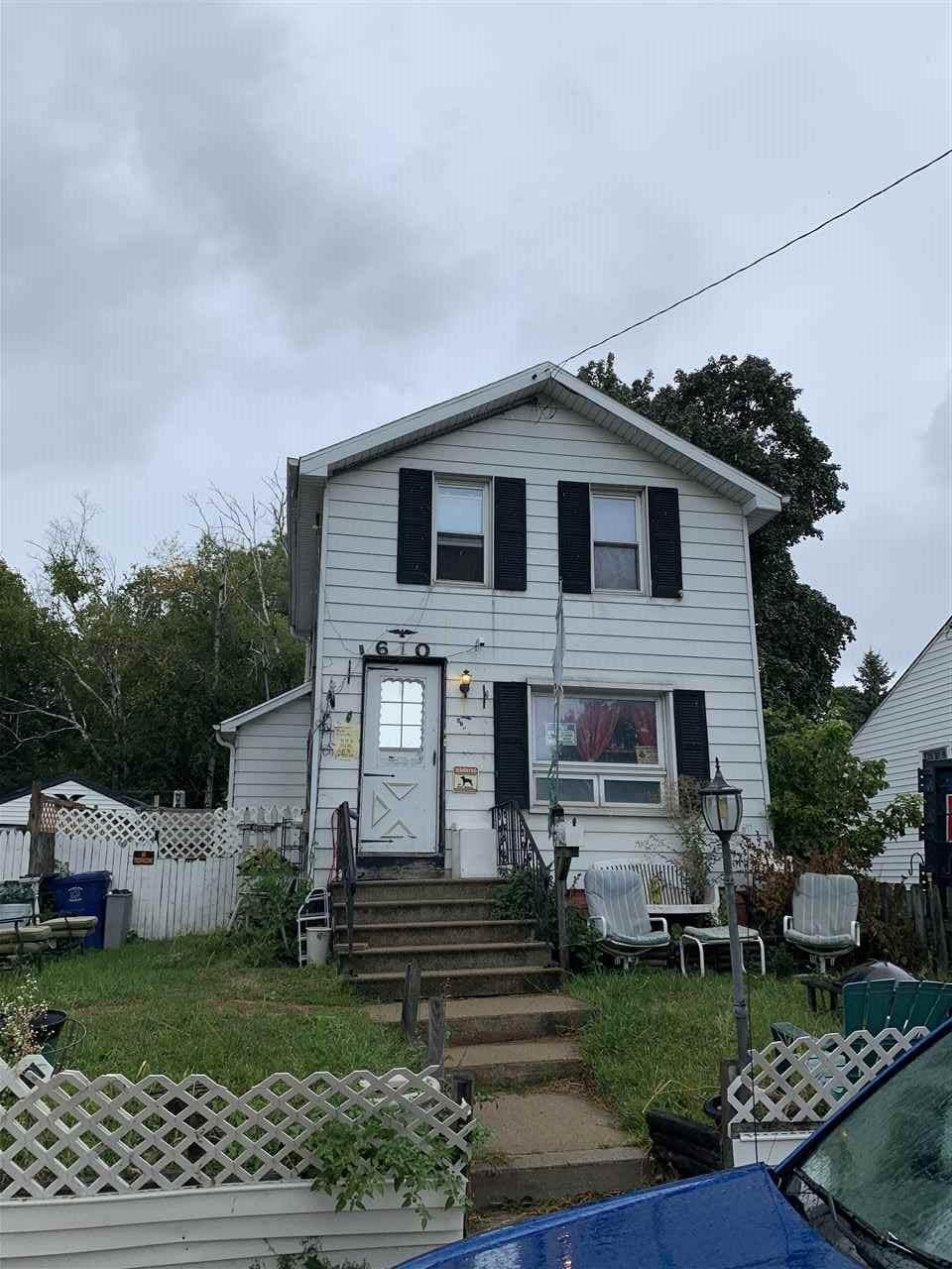 610 Norwood Avenue - Photo 1