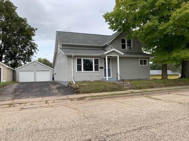 89 Paulina Street, Clintonville, WI 54929 (#50229312) :: Carolyn Stark Real Estate Team