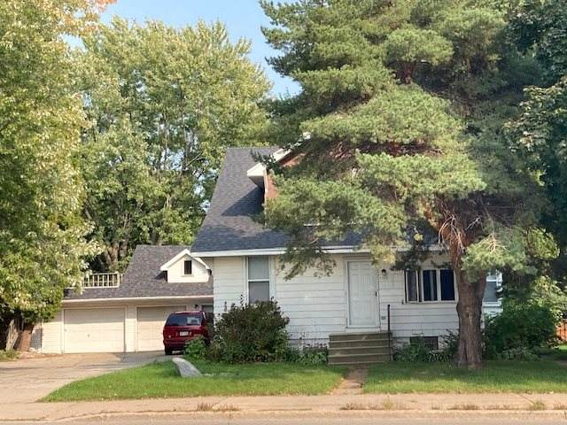 1700 N Richmond Street, Appleton, WI 54911 (#50229665) :: Todd Wiese Homeselling System, Inc.