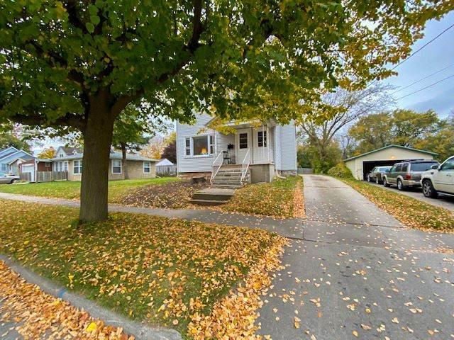 322 S Irwin Avenue, Green Bay, WI 54301 (#50231402) :: Dallaire Realty