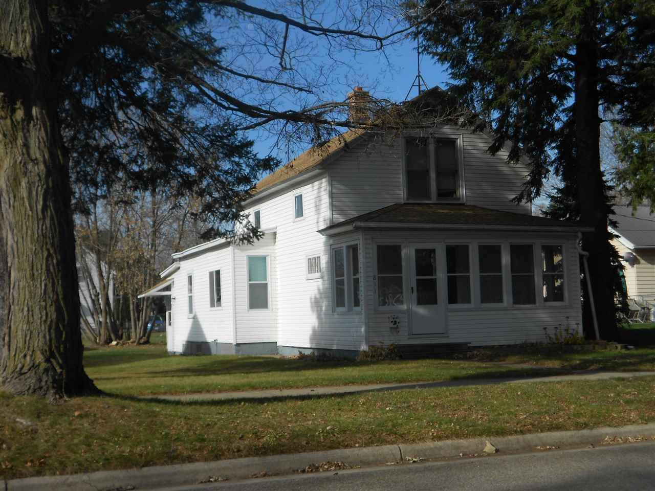811 Lafayette Street - Photo 1