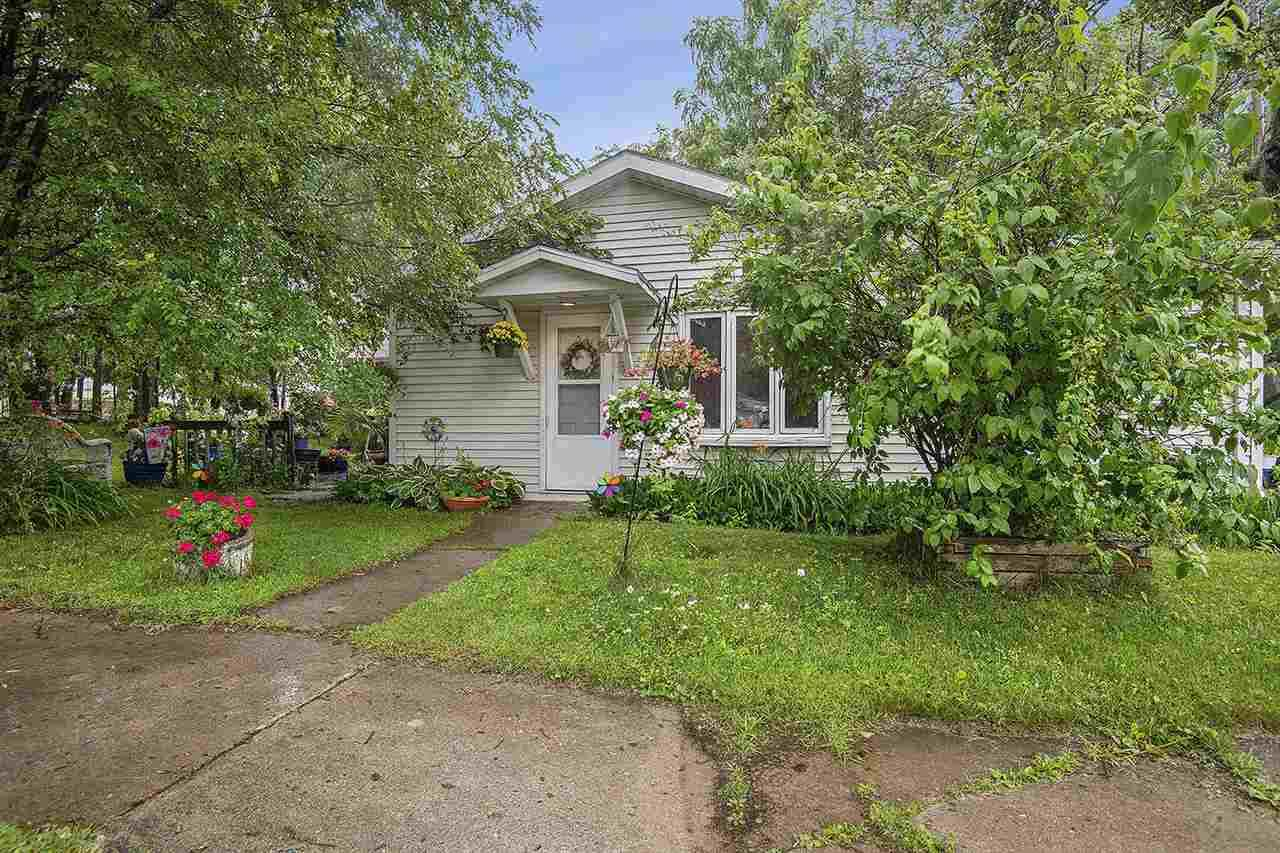 2056 Newberry Avenue - Photo 1