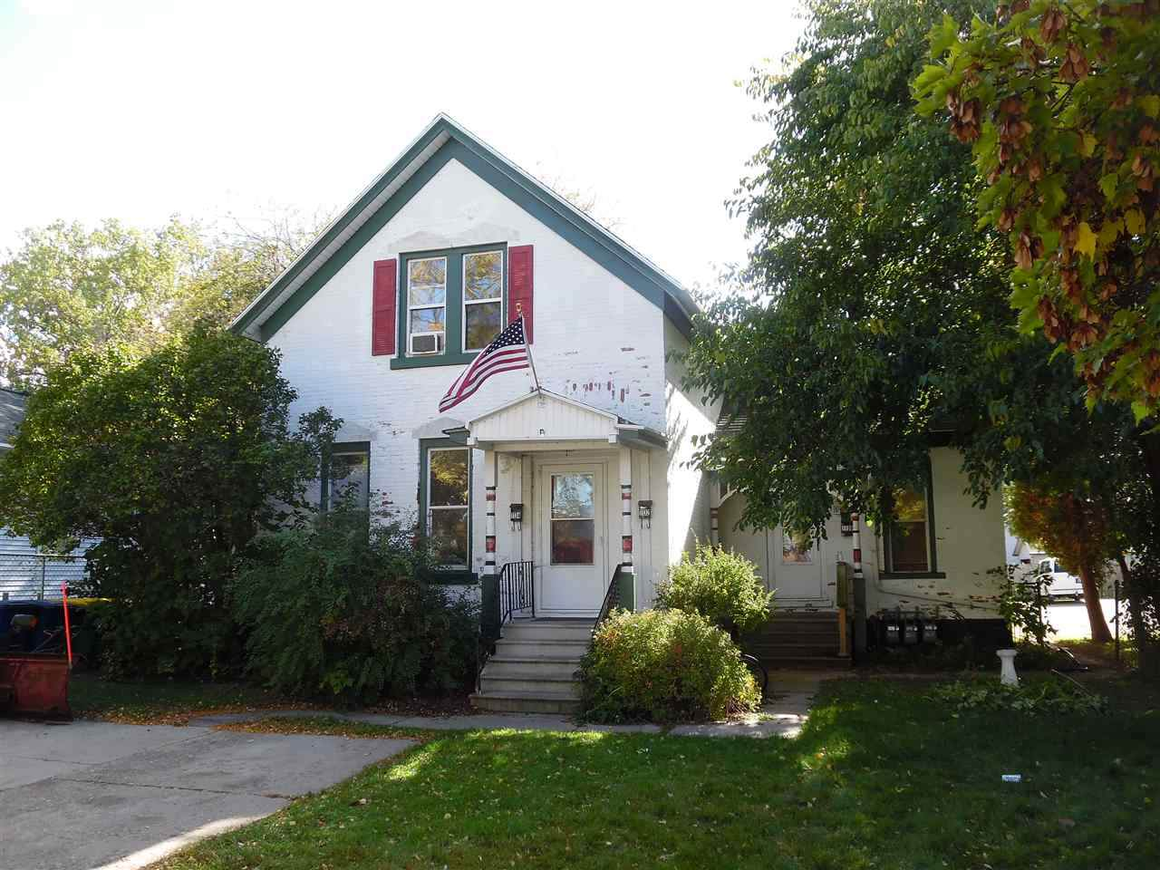 1130 Pine Street - Photo 1