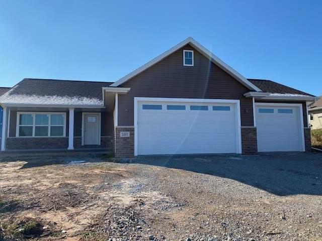 583 Sweet Meadow Lane, Kaukauna, WI 54130 (#50232699) :: Carolyn Stark Real Estate Team