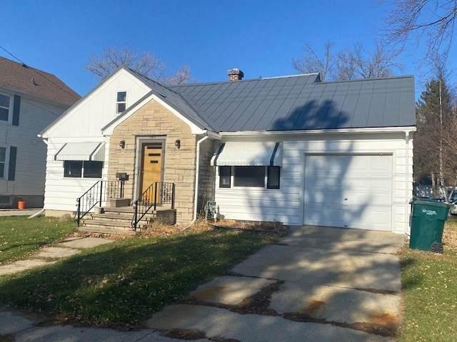 180 E Davis Street, Beaver Dam, WI 53916 (#50232796) :: Ben Bartolazzi Real Estate Inc