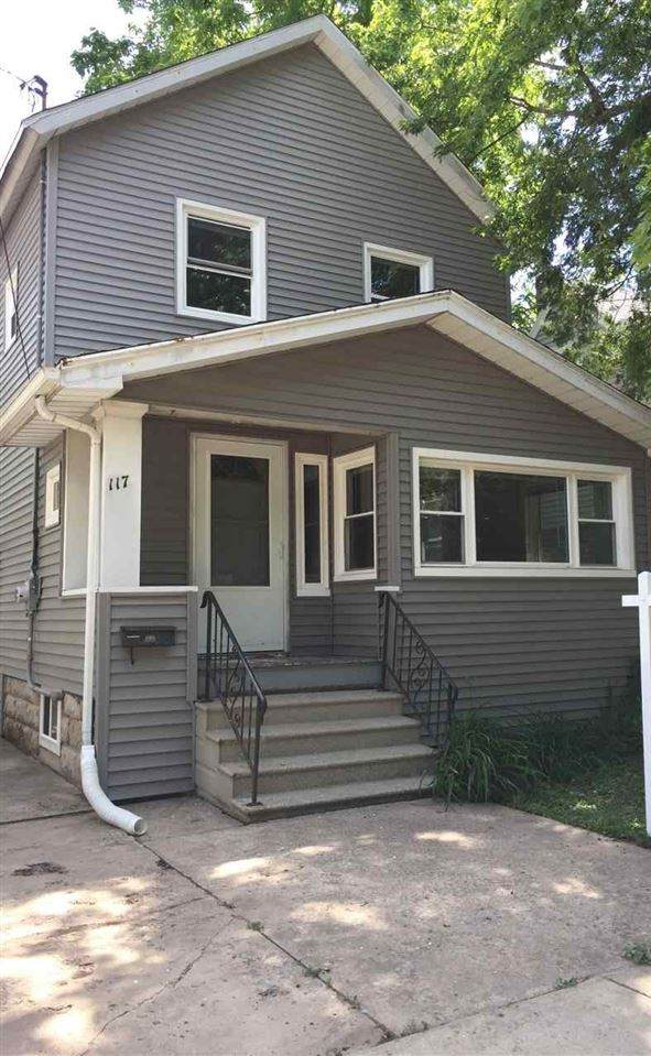 117 W Atlantic Street, Appleton, WI 54911 (#50232839) :: Symes Realty, LLC