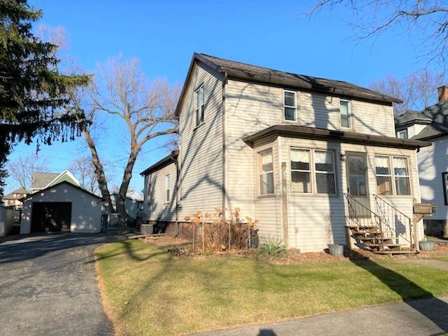 279 7TH Street, Fond Du Lac, WI 54935 (#50232863) :: Todd Wiese Homeselling System, Inc.