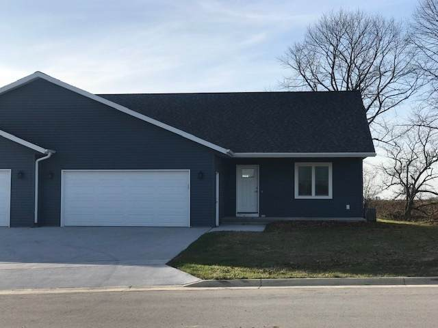 614 Melody Lane, Valders, WI 54245 (#50233181) :: Town & Country Real Estate