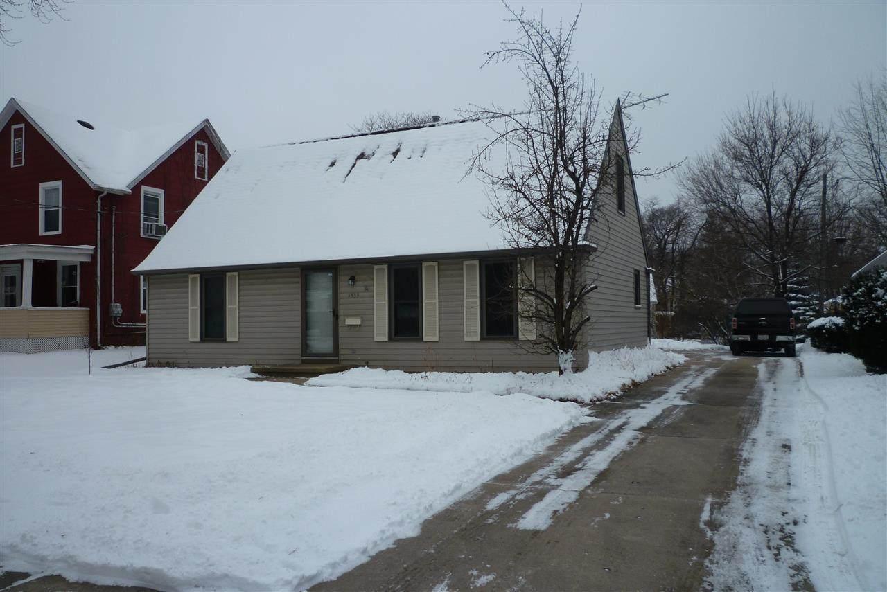 1533 Memorial Drive - Photo 1