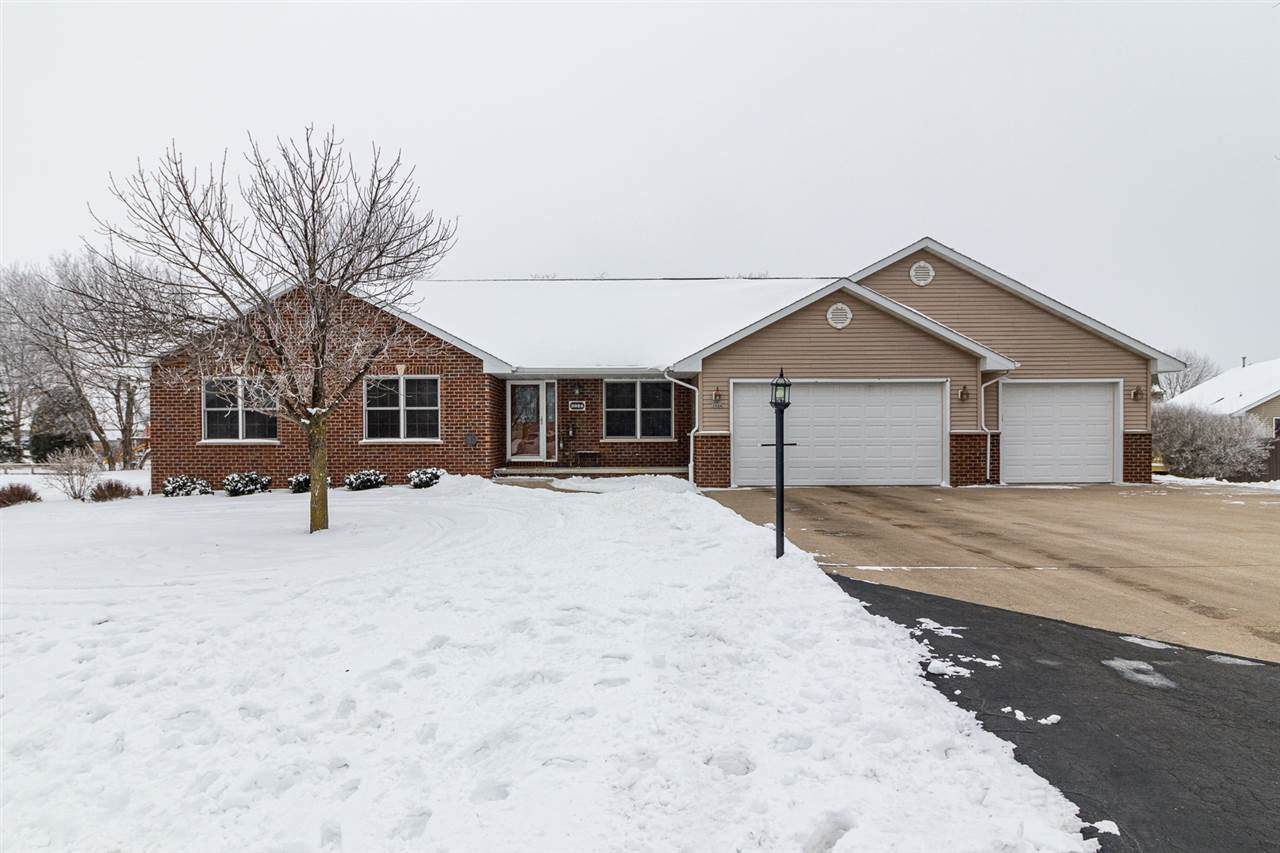 3024 Holly Court - Photo 1