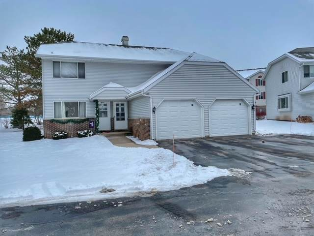 17 Concord Drive, Fond Du Lac, WI 54935 (#50234120) :: Town & Country Real Estate