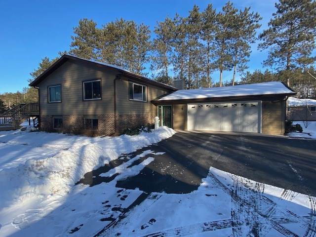 E2124 Crystal River Lane, Waupaca, WI 54981 (#50234936) :: Town & Country Real Estate