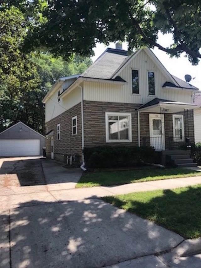 1714 N Appleton Street, Appleton, WI 54911 (#50238150) :: Todd Wiese Homeselling System, Inc.