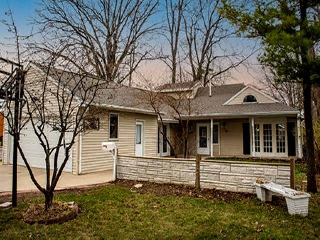 1228 14TH Avenue, Green Bay, WI 54304 (#50238164) :: Todd Wiese Homeselling System, Inc.