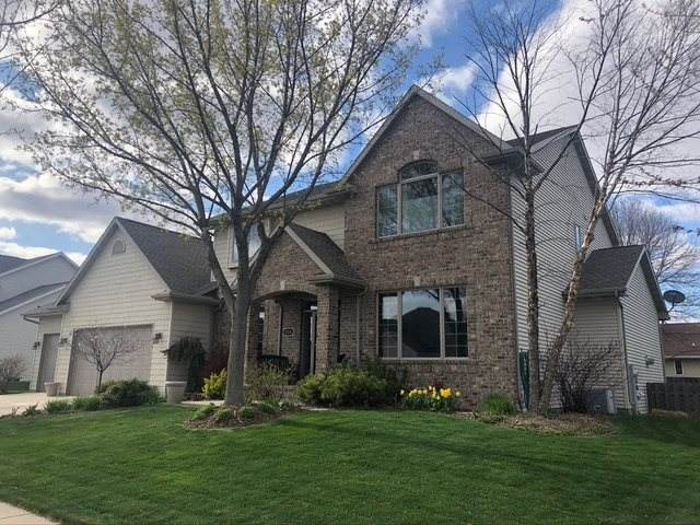 216 E Wentworth Lane, Appleton, WI 54913 (#50238381) :: Symes Realty, LLC