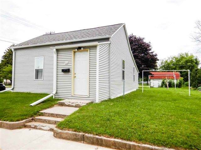 502 Buchanan Street, Algoma, WI 54201 (#50238439) :: Symes Realty, LLC