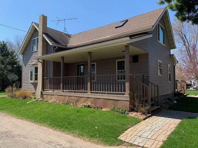 N5719 Bank Street, Green Valley, WI 54127 (#50239159) :: Carolyn Stark Real Estate Team