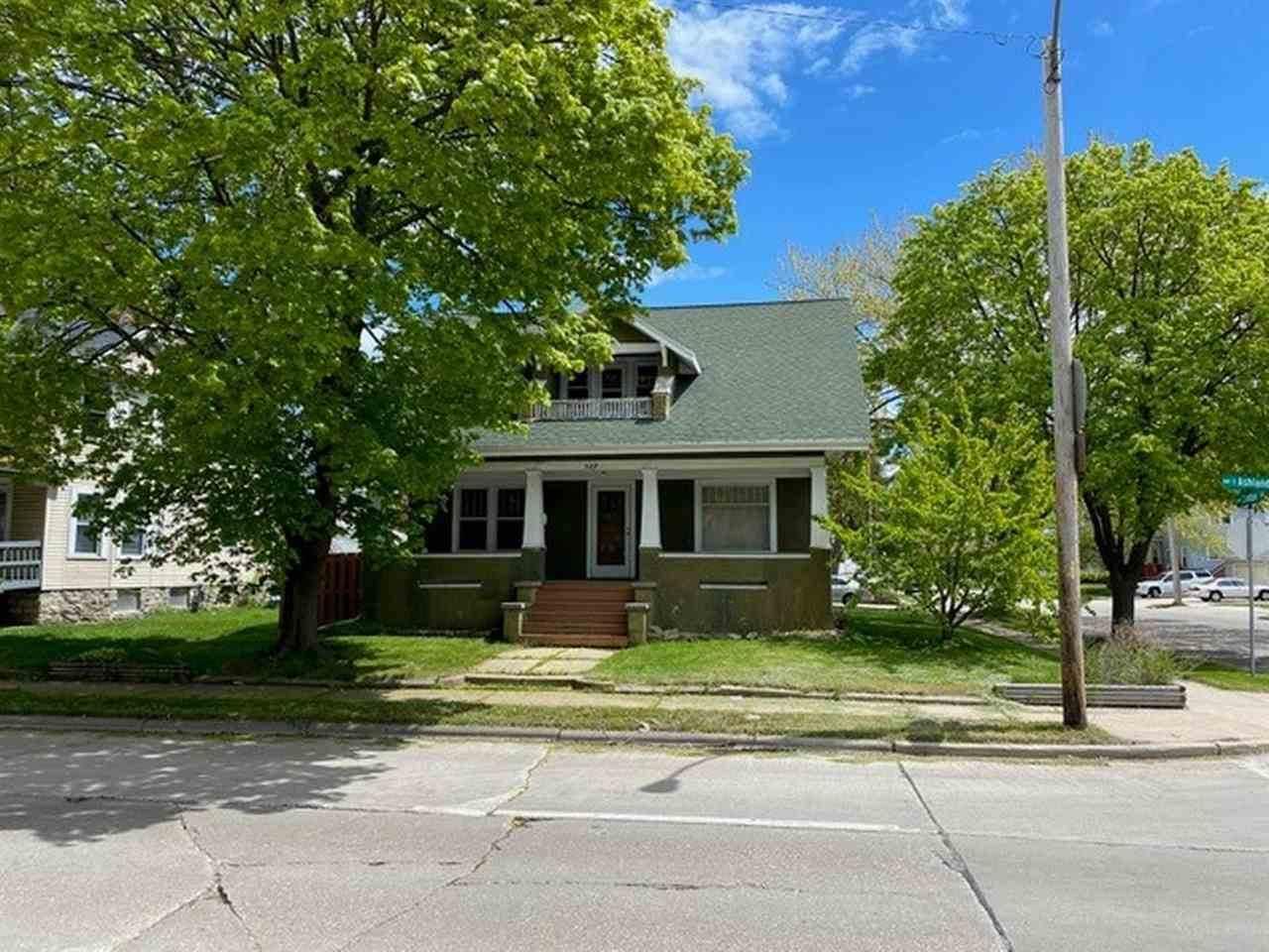 529 Ashland Avenue - Photo 1