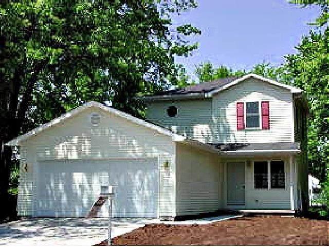310 Allen Avenue, Oshkosh, WI 54901 (#50240188) :: Town & Country Real Estate