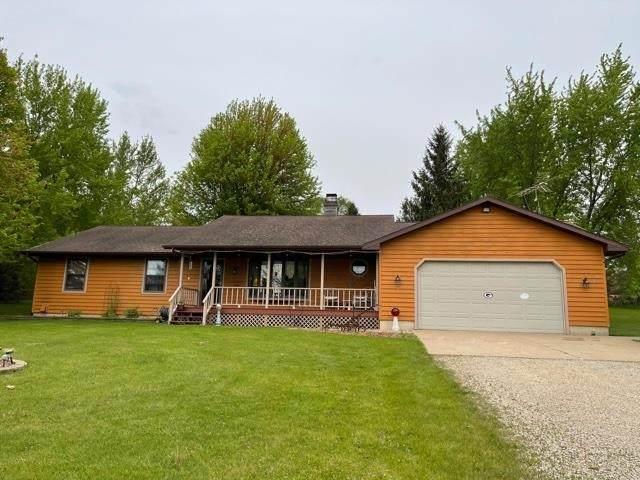 N657 Shaky Lake Road, Fremont, WI 54940 (#50240425) :: Carolyn Stark Real Estate Team