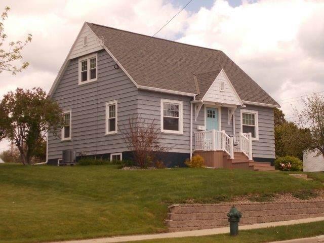 103 E North Water Street, Algoma, WI 54201 (#50241009) :: Carolyn Stark Real Estate Team
