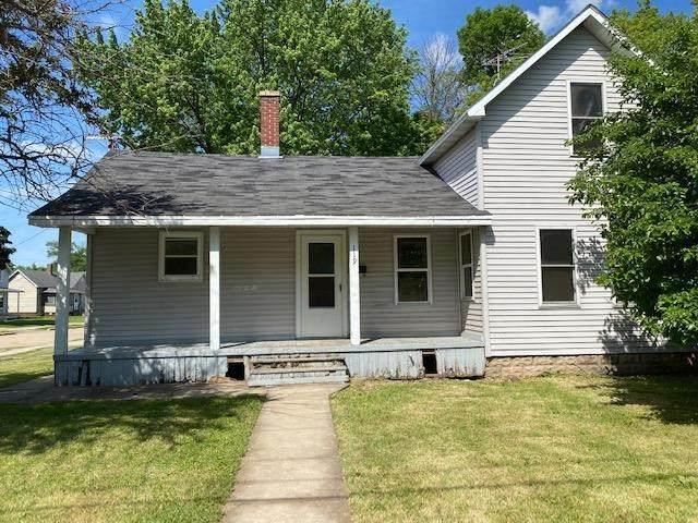 119 Railroad Street, Menasha, WI 54952 (#50241755) :: Ben Bartolazzi Real Estate Inc