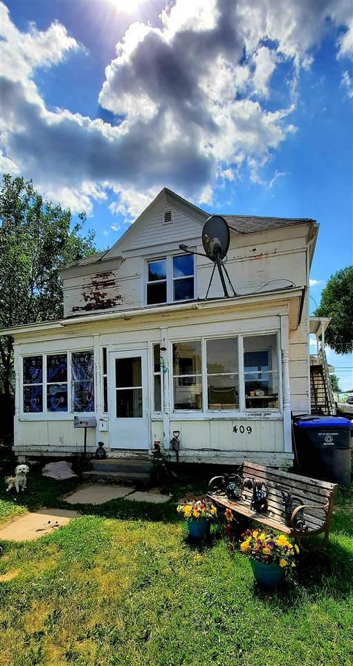 409 Shawano Street - Photo 1