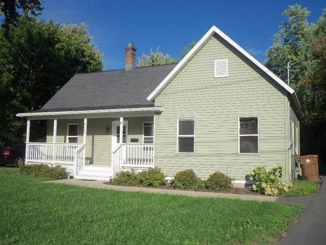 400 Pine Street, Menasha, WI 54952 (#50242173) :: Town & Country Real Estate