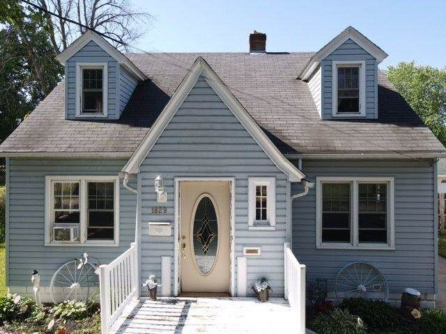 1829 E Newberry Street, Appleton, WI 54915 (#50242539) :: Todd Wiese Homeselling System, Inc.