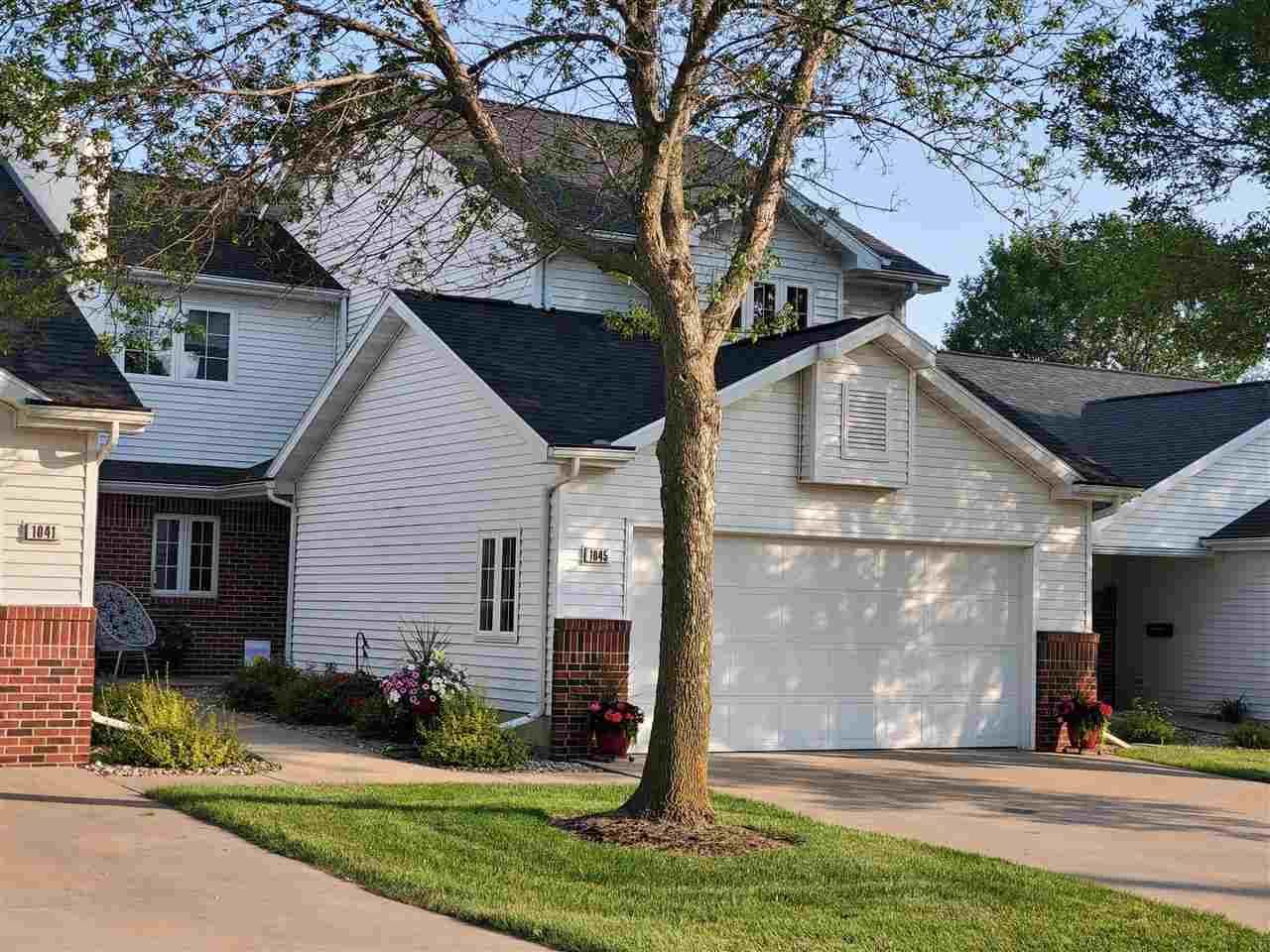1045 Windtree Drive - Photo 1