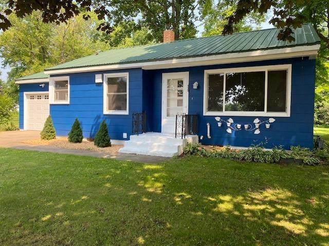 113 E Washington Street, Gillett, WI 54124 (#50244803) :: Carolyn Stark Real Estate Team