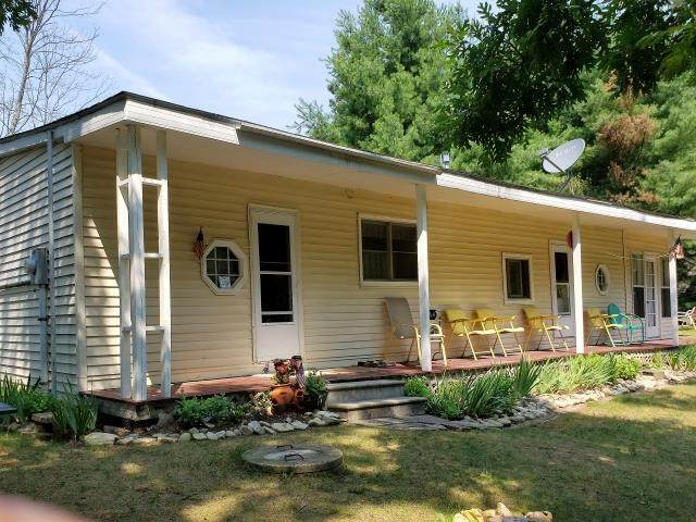 N7009 Echo Lake Road, Wild Rose, WI 54984 (#50244907) :: Carolyn Stark Real Estate Team