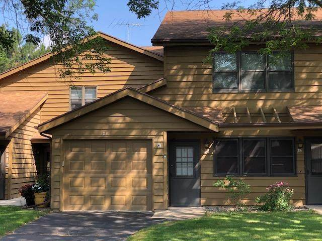 1135 Manor Drive Unit 23, Neenah, WI 54956 (#50245170) :: Dallaire Realty