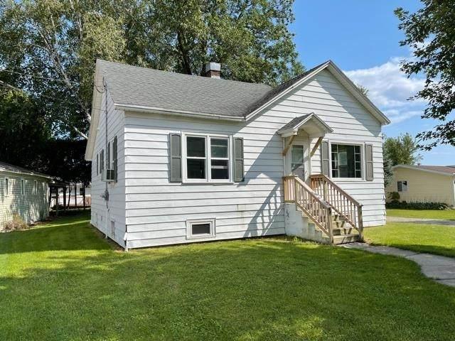 256 Ontario Avenue, Oconto, WI 54153 (#50247854) :: Symes Realty, LLC