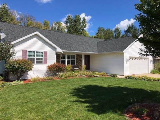 2512 Honey Clover Court, Green Bay, WI 54313 (#50248035) :: Carolyn Stark Real Estate Team