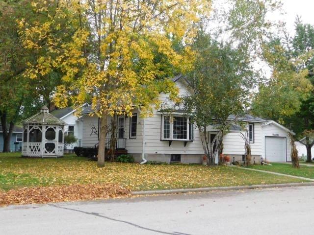 1203 S Smalley Street, Shawano, WI 54166 (#50249520) :: Carolyn Stark Real Estate Team