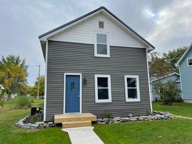 306 2ND Street, Oconto, WI 54153 (#50249753) :: Symes Realty, LLC