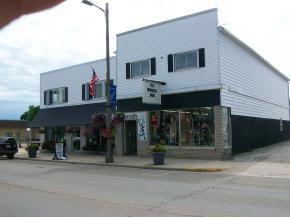 119 S Main Street, Brillion, WI 54110 (#50146194) :: Dallaire Realty