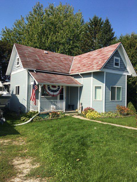 514 N Water Street, Algoma, WI 54201 (#50172786) :: Todd Wiese Homeselling System, Inc.